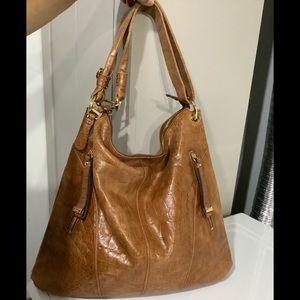 B Makowsky Leather Shoulder/crossbody Bag 🧡